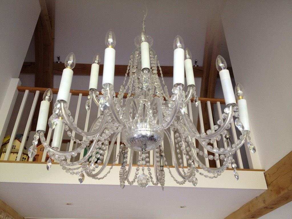Cleaning Crystal Chandeliers the Same Method Restoration